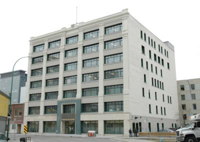 Canada Building (352 Donald St)